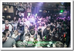 people one pub 01